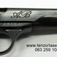 Lasersko graviranje pištolja